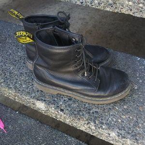 Doc Martens 36 vegan leather black